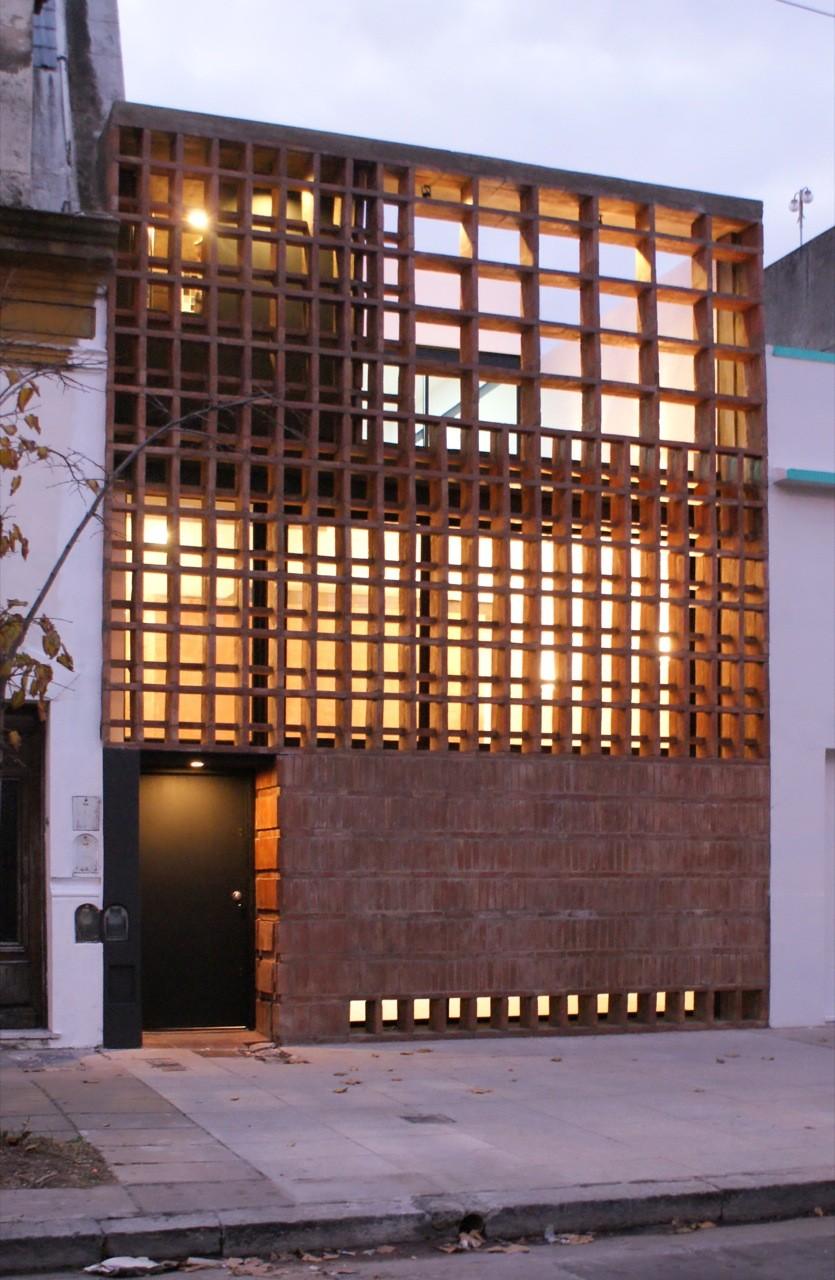 Casa de Ladrillos / Ventura Virzi arquitectos (Buenos Aires)