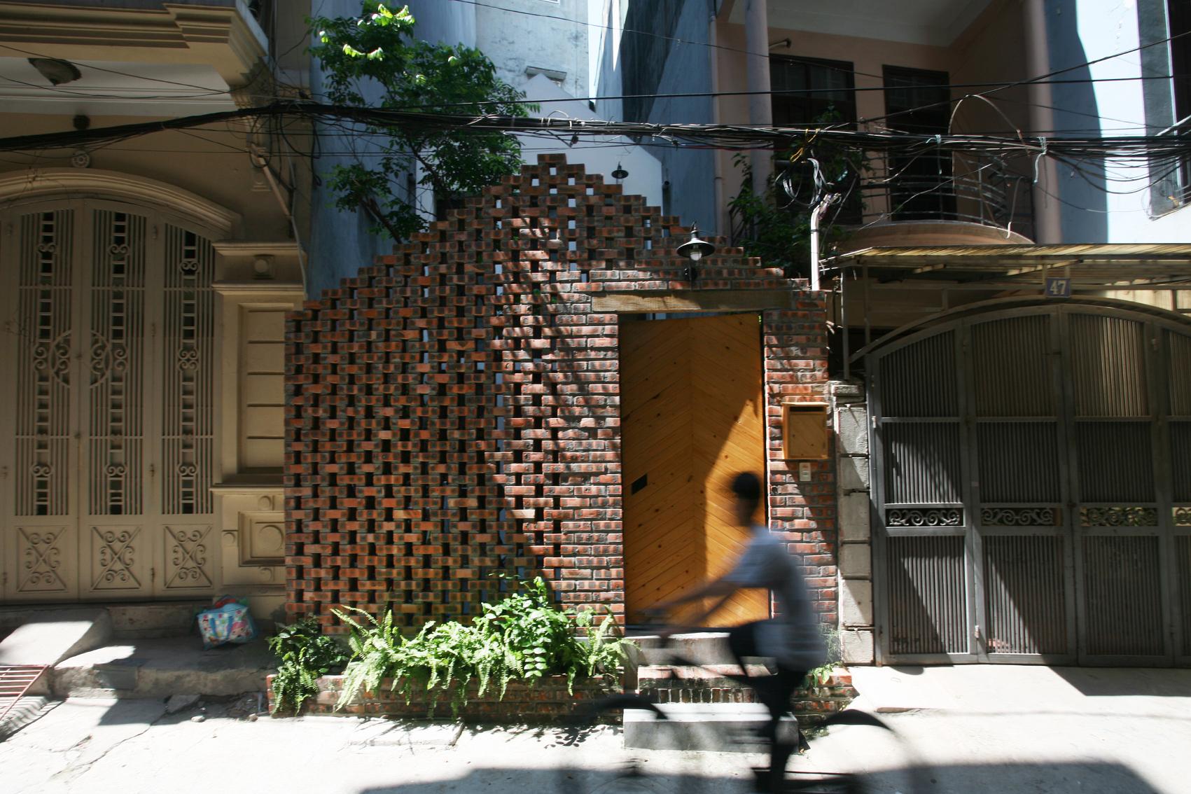 Maison T / Nghia-Architect (Vietnã)