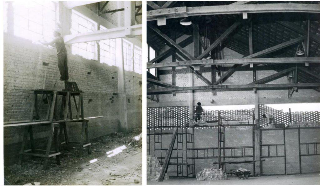 Fonte: Acervo Instituto Lina Bo Bardi - Tijolo-de-Galinheiro  sendo colocado no lugar onde havia vitrôs de ferro e vidro;